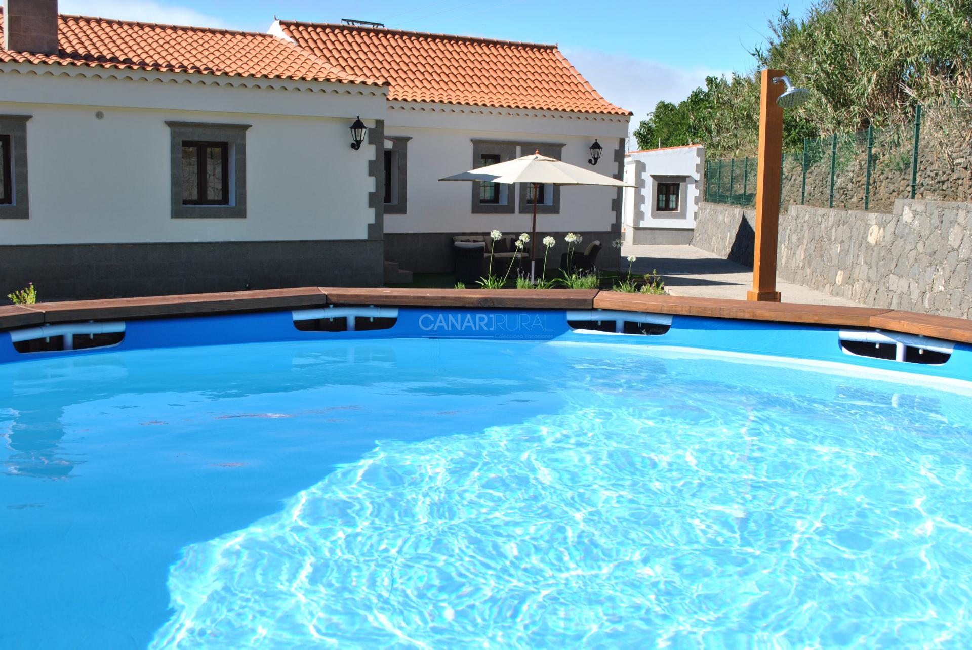 Villa la cuesta villas en gran canaria vega de san mateo - Villas en gran canaria con piscina ...