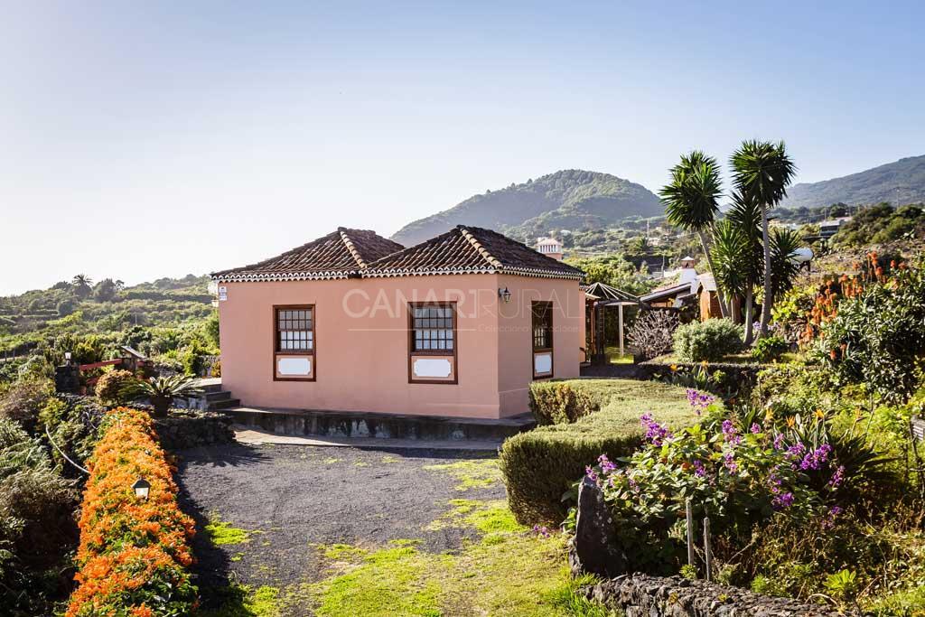 Casa rural la carlota casas rurales en la palma bre a baja - Casas rurales en santa cruz de la palma ...