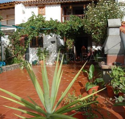 Holiday Cottage Guiniguadas