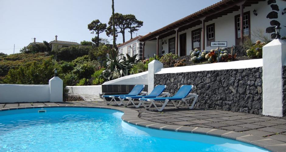Casa rural lina medina casas rurales en la palma villa - Hotel rural en la palma ...